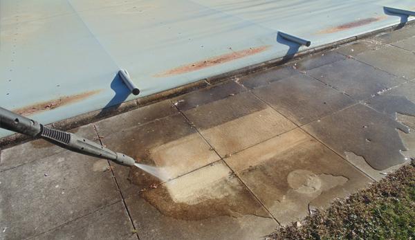 Spray Cleaned paving slabs