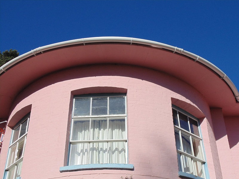 Curved Gutter on bay window